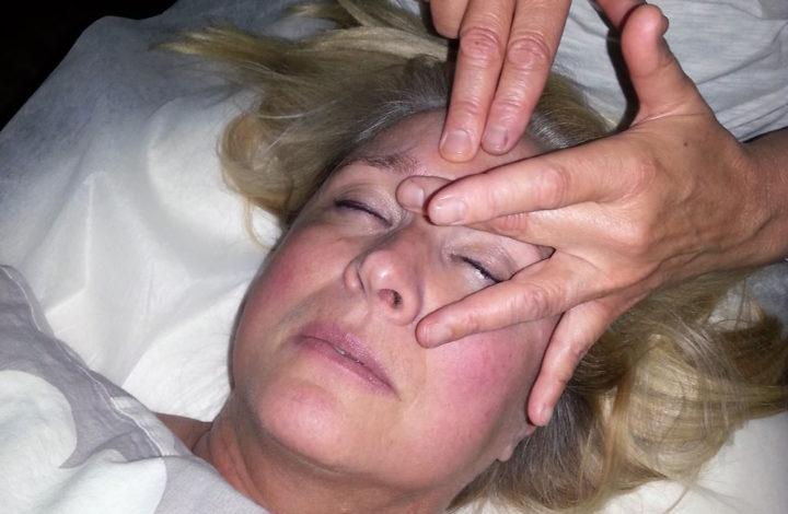 Tibetansk faceliftmassage