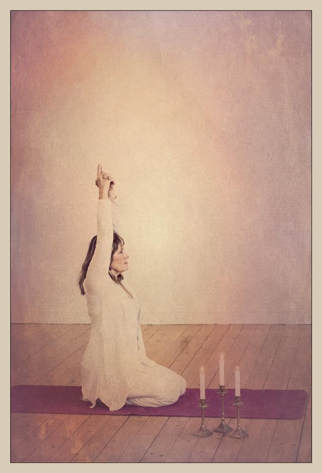 yoga-murum-hjordis